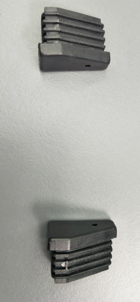 Fusskappe für Dransy Stapelsessel, vorne rechts, schwarz