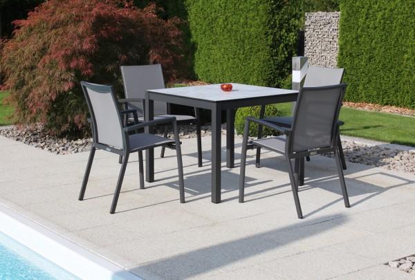 Jati & Kebon Set: 4 Sevilla Stapelsessel und 1 HPL-Tisch 90x90 cm mit Tischplatte grigio granite, Ge