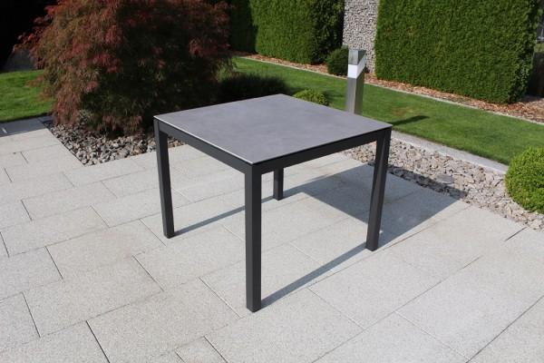 Jati & Kebon Keramiktisch zement dark 90X90 cm, Gestell eisengrau Aluminium
