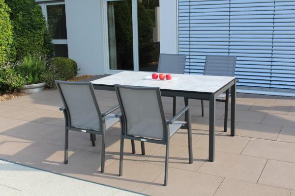 Jati & Kebon Set: 4 Sevilla Stapelsessel und 1 HPL-Tisch 160x90 cm mit Tischplatte grigio granite, G