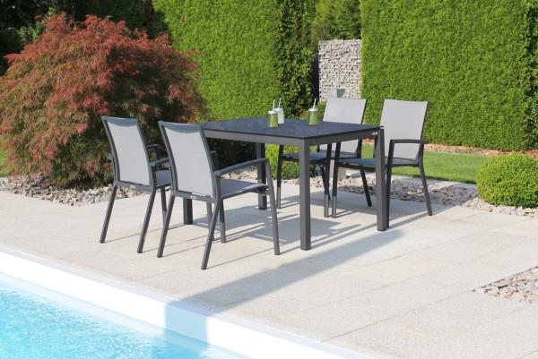 Jati & Kebon Set: 4 Sevilla Stapelsessel und 1 HPL-Tisch 130x80 cm, Tischplatte nero granite, Gestel